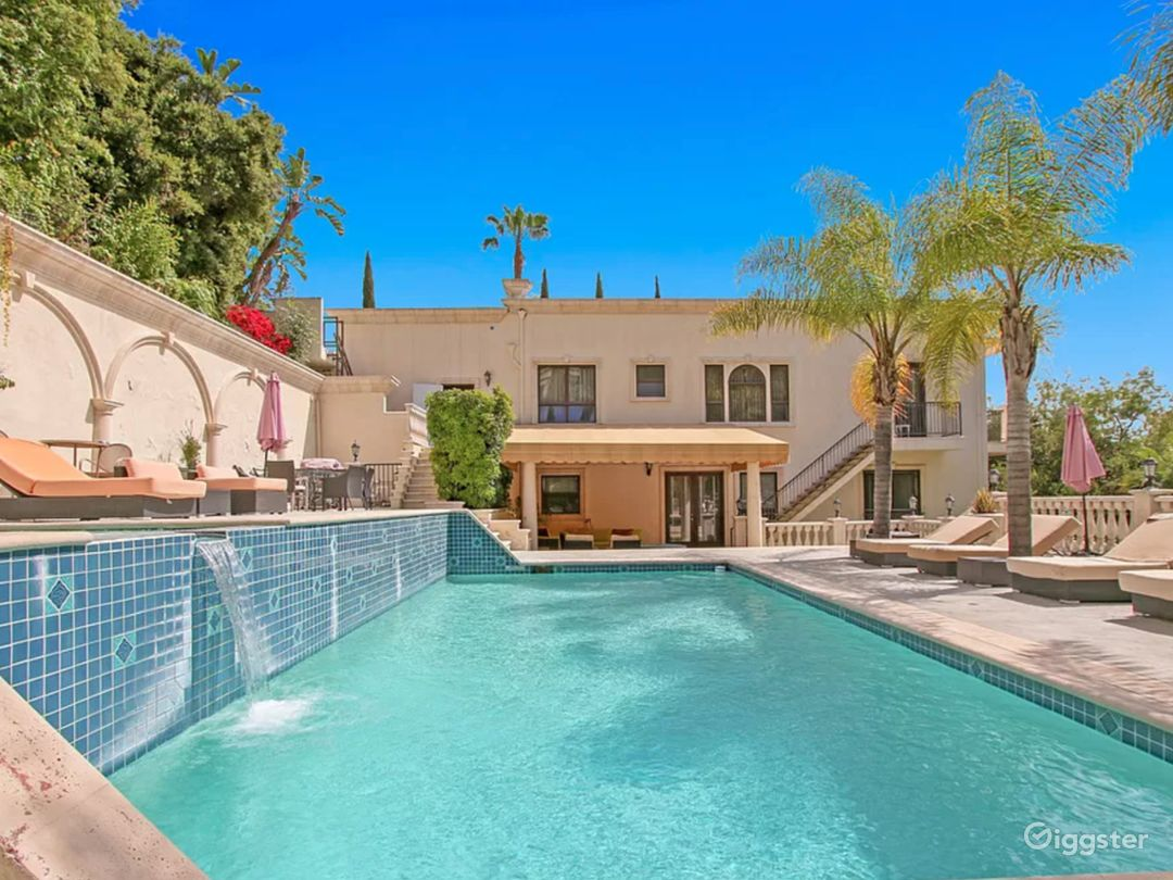 5,000 sqft Oasis in the Heart of Hollywood hills Photo 5