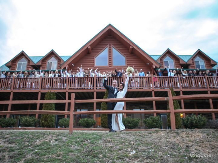 Amazing and Luxury Venue in Sevierville Photo 2