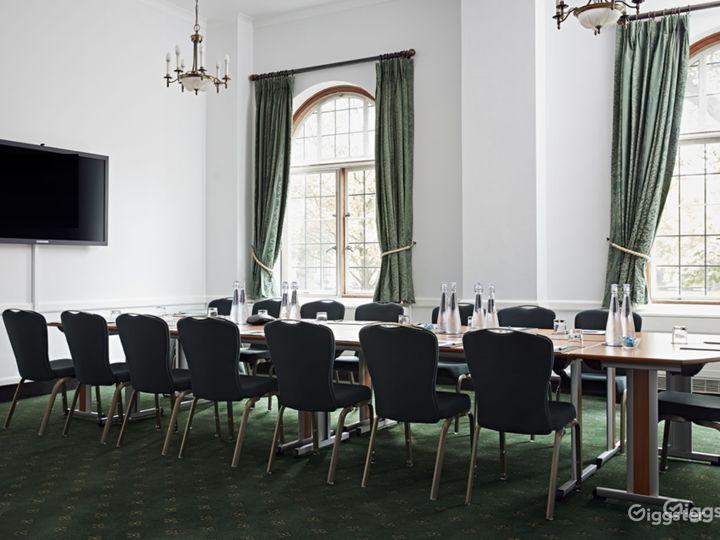 Abbey Room in London Photo 2