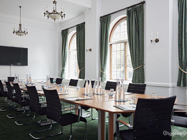 Abbey Room in London
