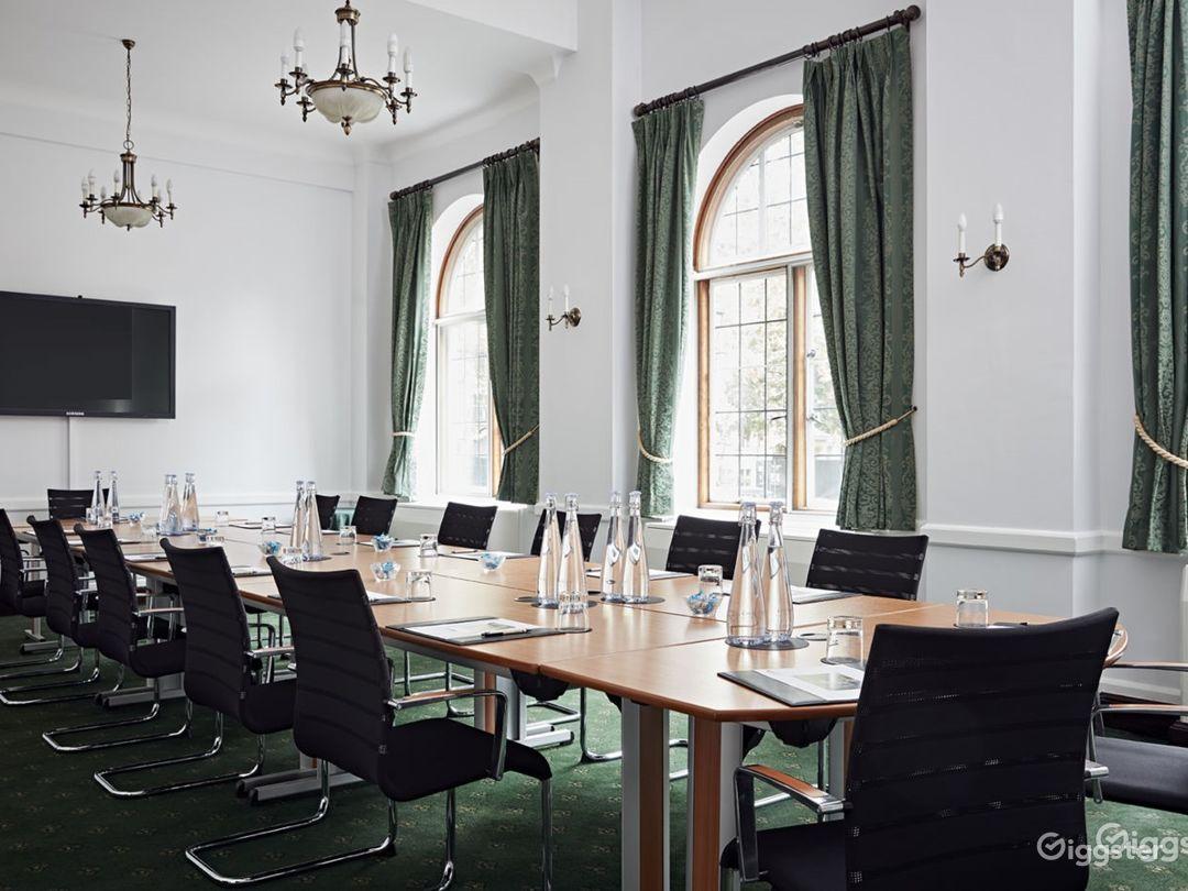 Abbey Room in London Photo 1