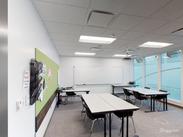 Comfortable & Well-equipped Classroom in Portland