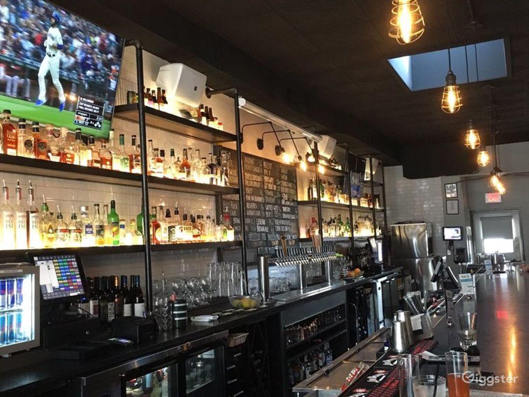 Amazing Social Bar & Restaurant in Richmond Photo 1