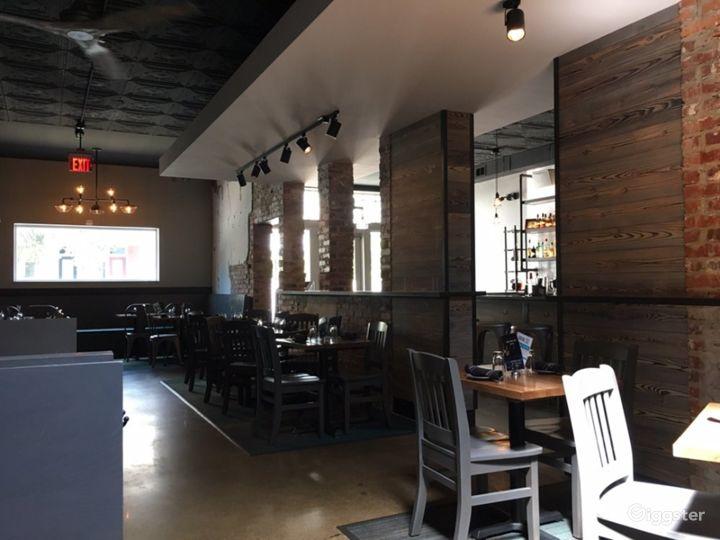 Amazing Social Bar & Restaurant in Richmond Photo 4
