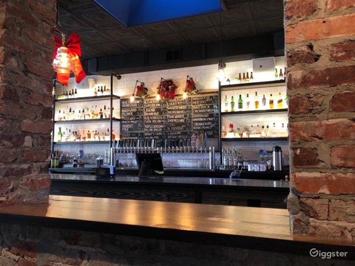 Amazing Social Bar & Restaurant in Richmond Photo 3