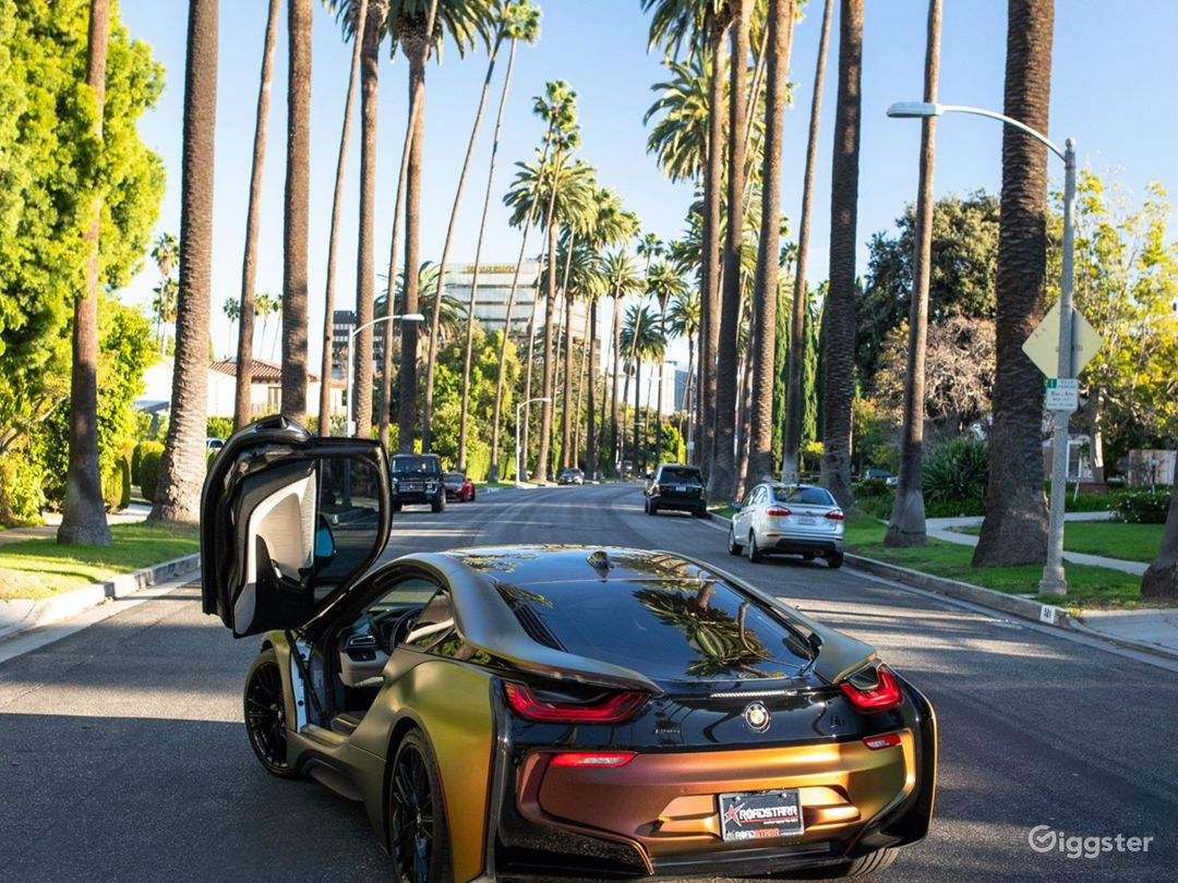 Custom BMW i8 Photo 3