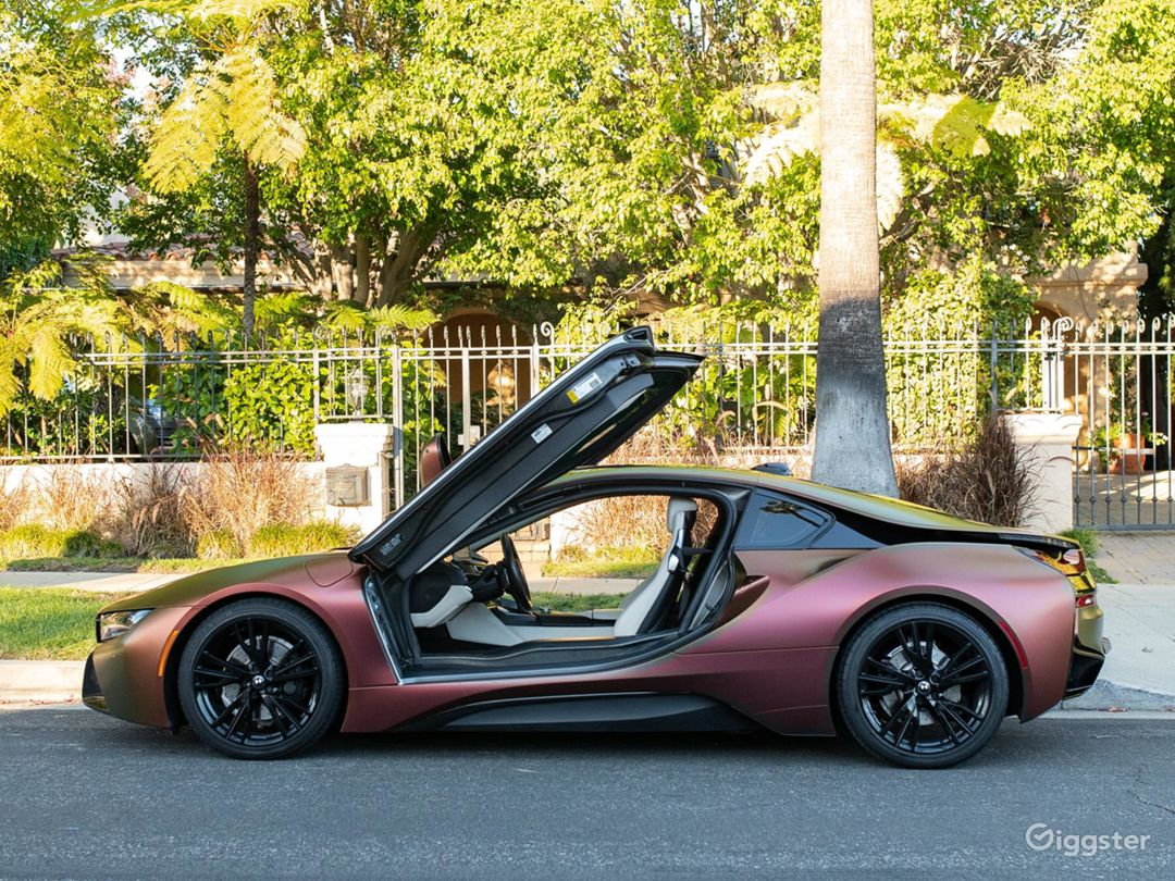 Custom BMW i8 Photo 2