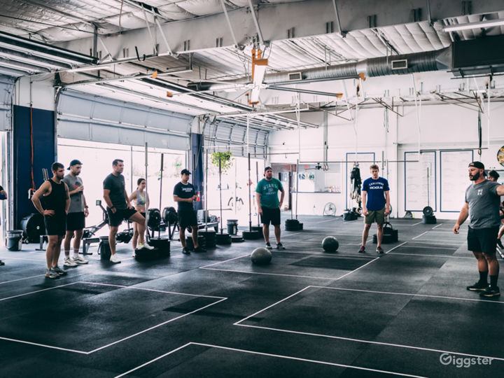CrossFit Industrial Space - Raw & Open Photo 2