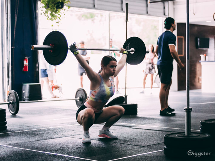 CrossFit Industrial Space - Raw & Open Photo 4