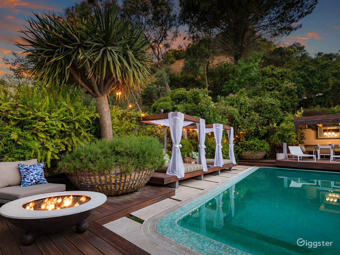 Bali Inspired Hollywood Treasure w/Pool and Garden Photo 2