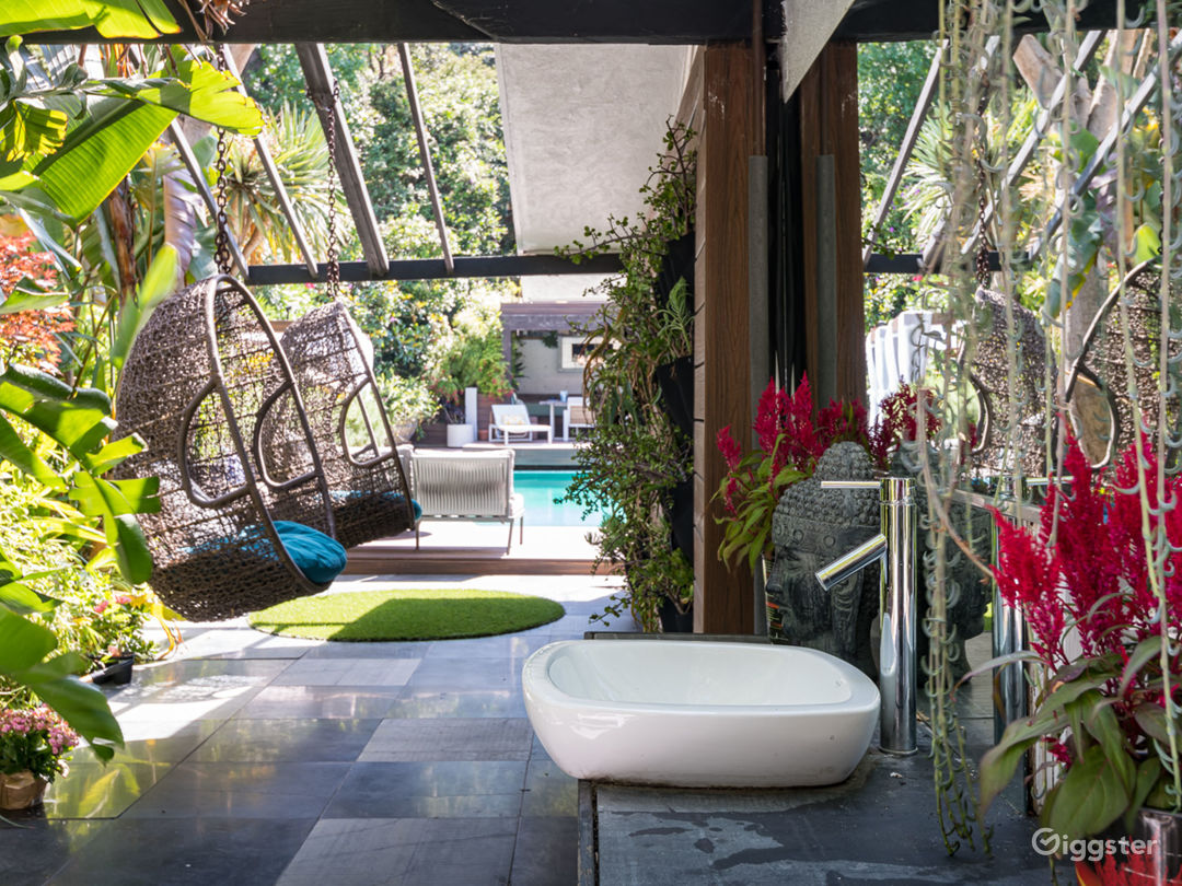 Bali Inspired Hollywood Treasure w/Pool and Garden Photo 4