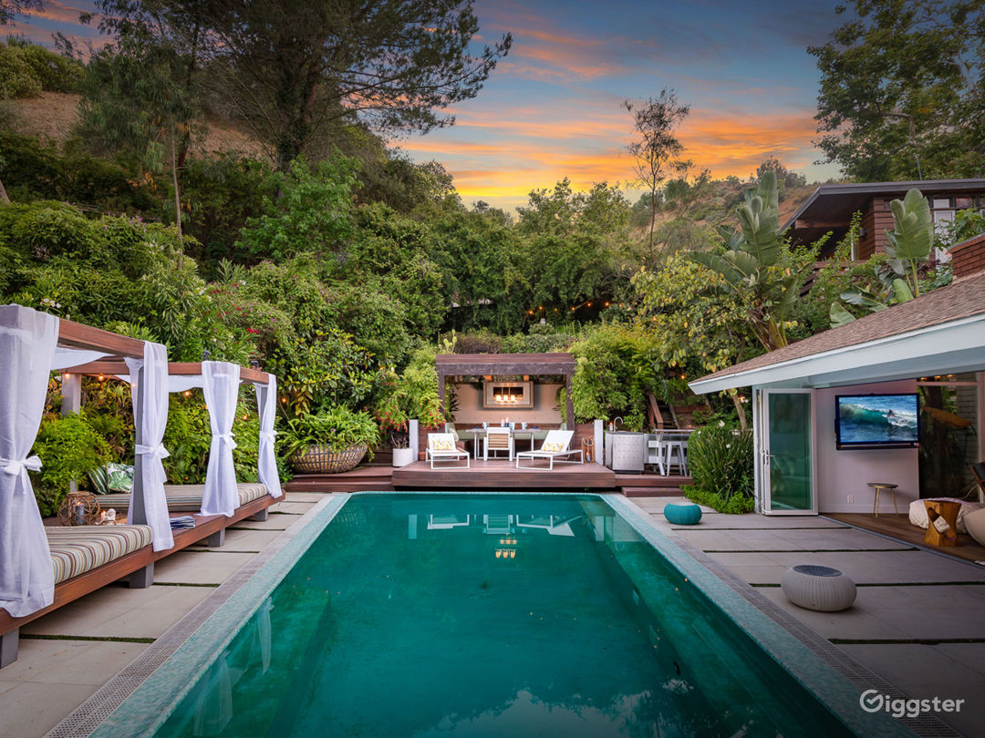Bali Inspired Hollywood Treasure w/Pool and Garden Photo 1