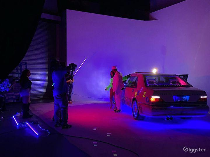 Astonishing Drive in Studio in New York Photo 5