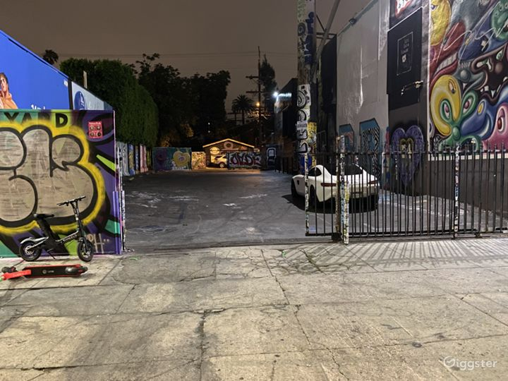 Melrose Ave Parking Lot Event Space Photo 2