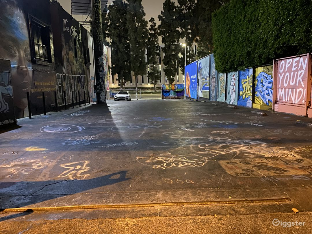 Melrose Ave Parking Lot Event Space Photo 1
