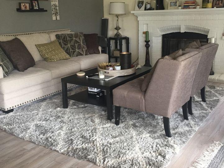 2nd living room.