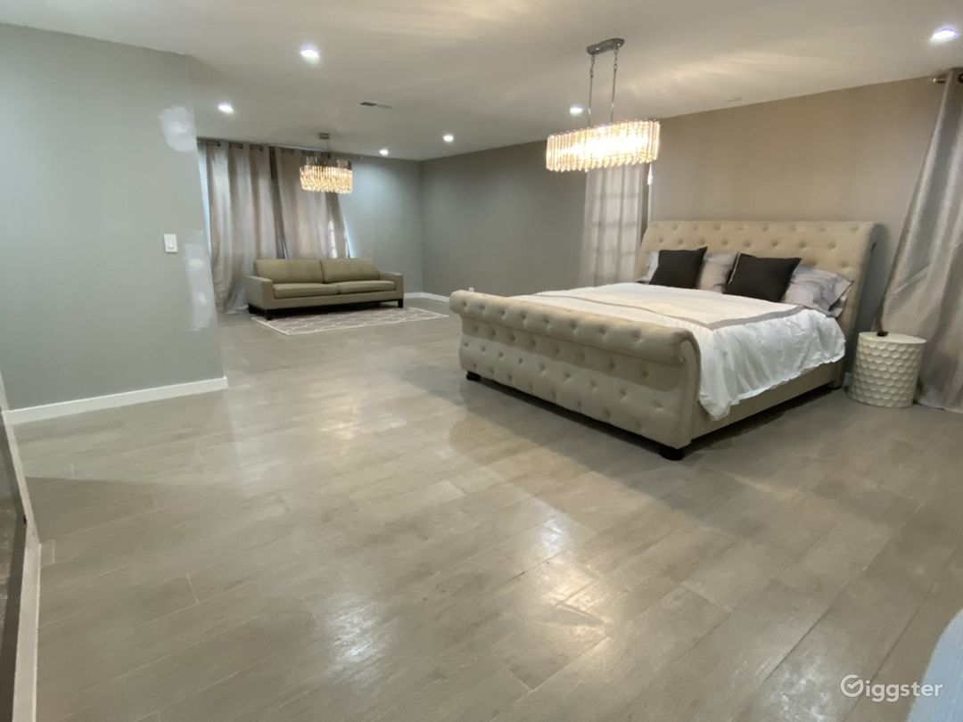 Master extra large bedroom