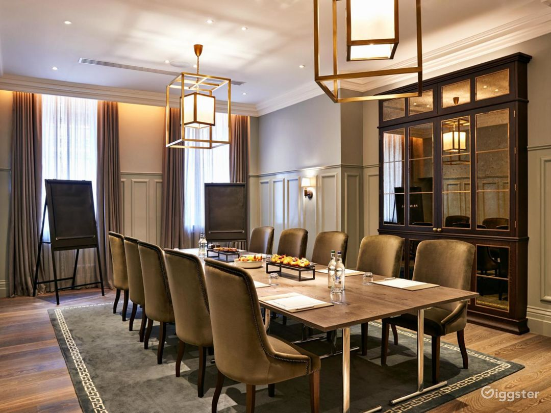 Exclusive Bell Room in Bloomsbury, London  Photo 1