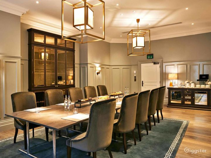 Exclusive Bell Room in Bloomsbury, London  Photo 2