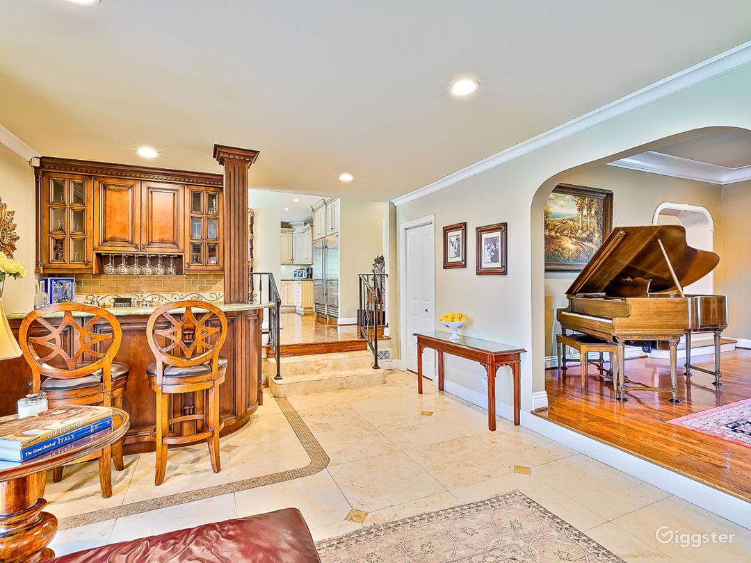 Beverly Hills luxury Mansion Photo 2
