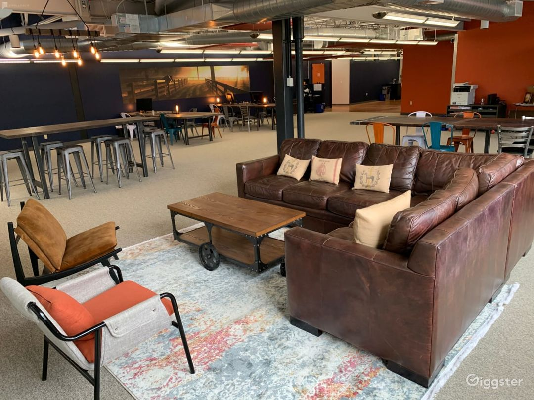 Large Industrial Barn Theme Open Co working space- Full Access Photo 1