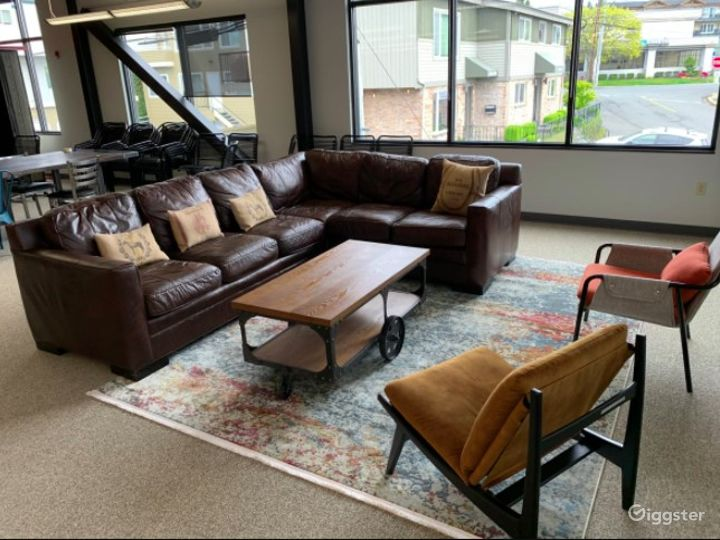 Large Industrial Barn Theme Open Co working space- Full Access Photo 5