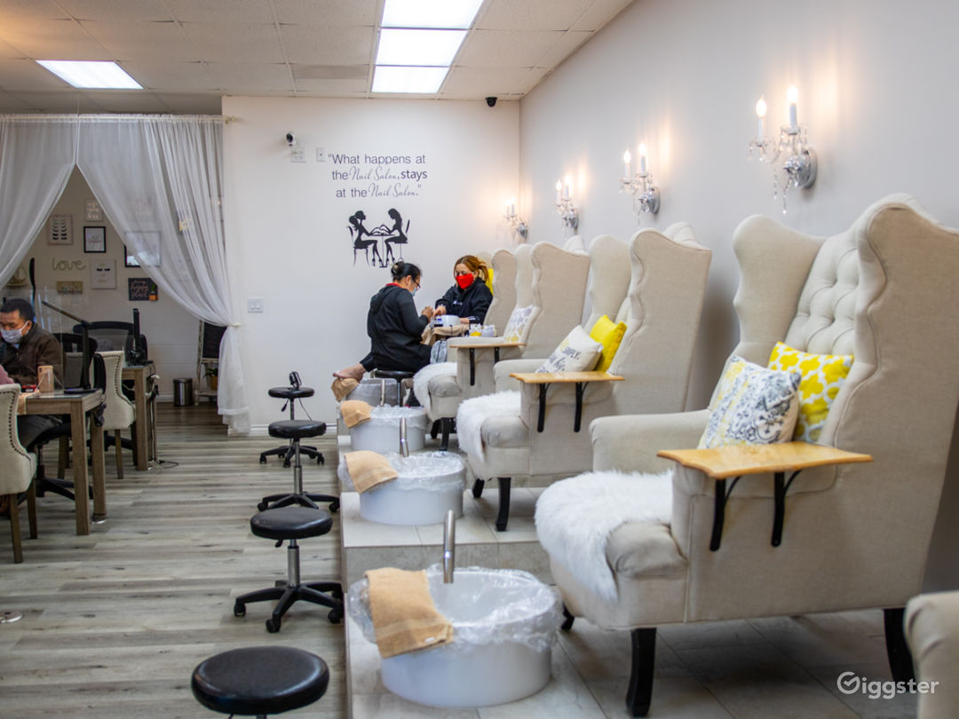 Beautiful Nail Salon In The Valley  Photo 1