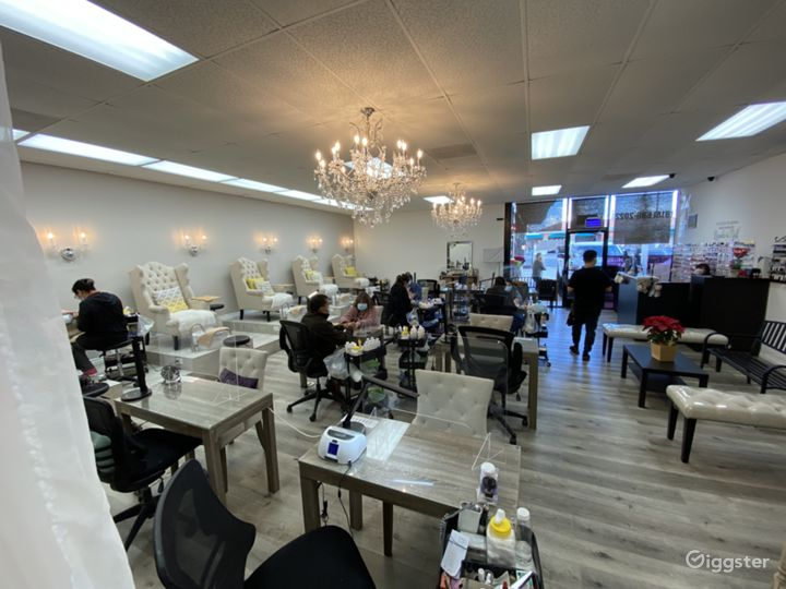 Beautiful Nail Salon In The Valley  Photo 4
