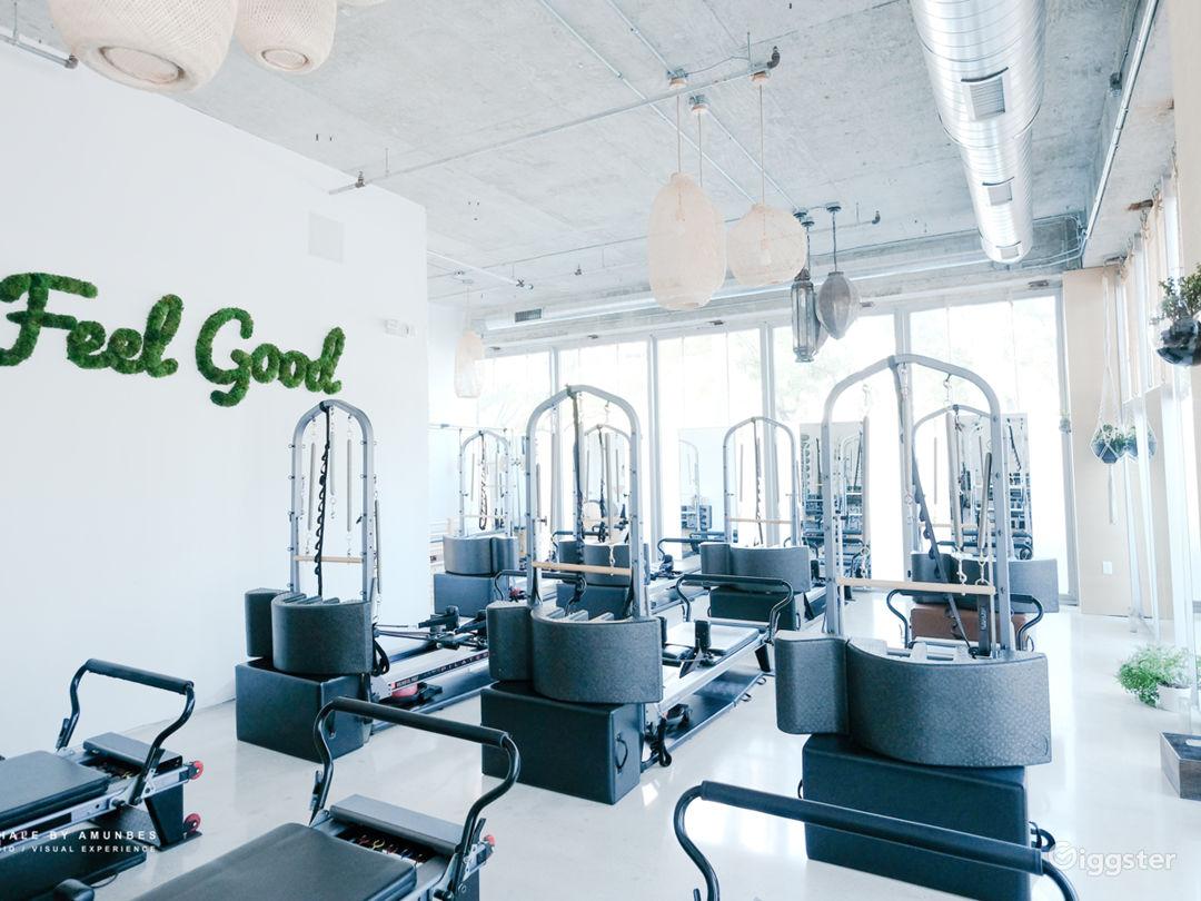 Video/Photo- Beautiful lofty workout space Photo 1