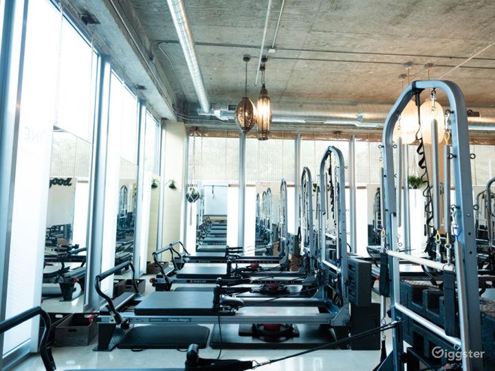 Video/Photo- Beautiful lofty workout space Photo 3