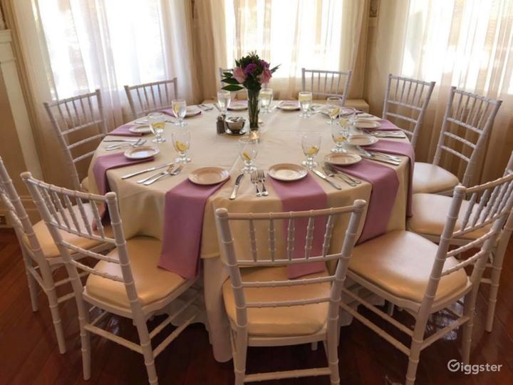 Grand Wedding Room Photo 3