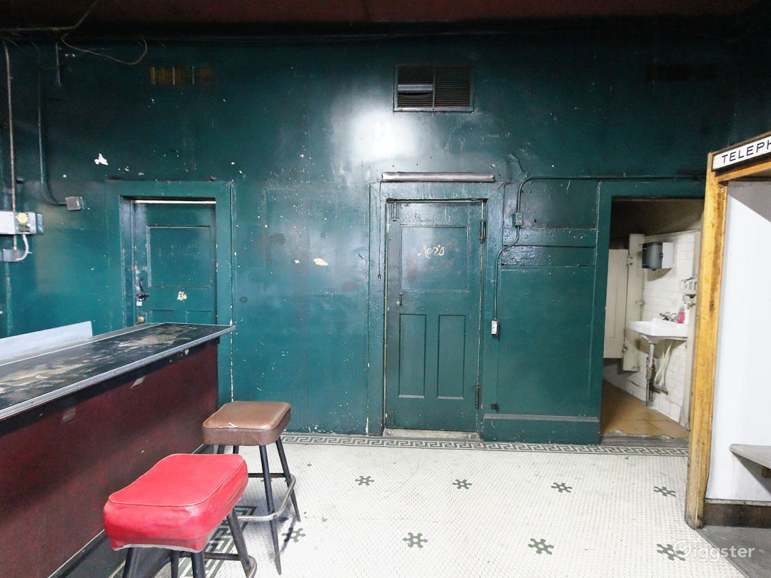 Abandoned Pool Hall and Motel Photo 5