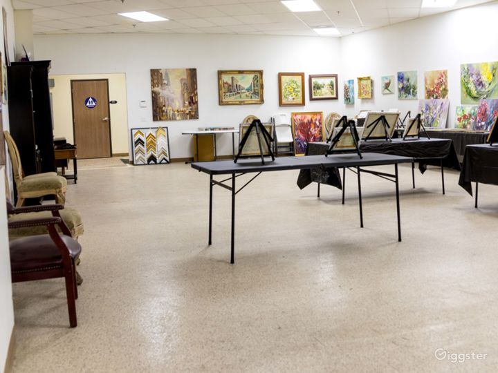 Art Studio Classroom Photo 4