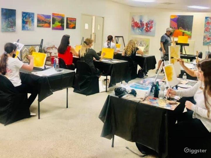 Art Studio Classroom Photo 5