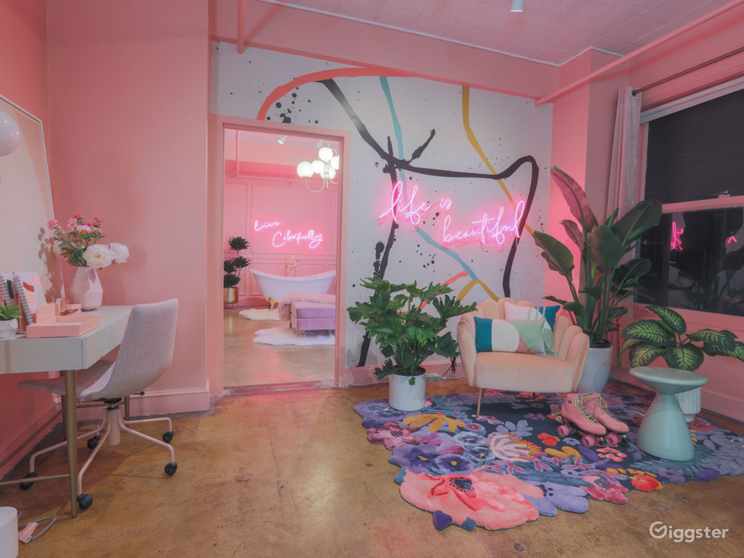 Downtown 80s Neon Pink Loft w/ Bed and Bathtub Photo 2