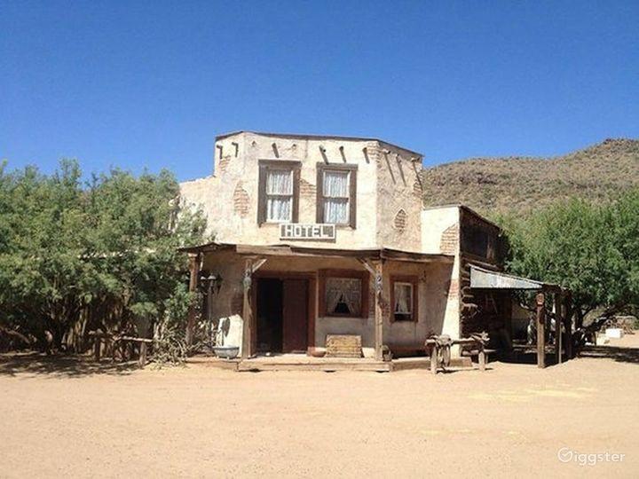 Wild West Hotel Photo 3