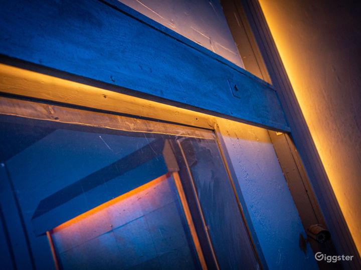 Grungy Interrogation Room | CreatorLA Photo 3