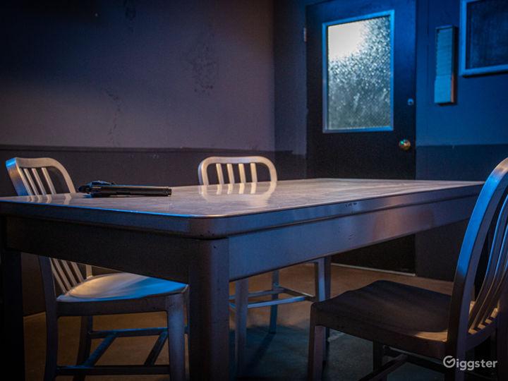 Grungy Interrogation Room | CreatorLA Photo 5