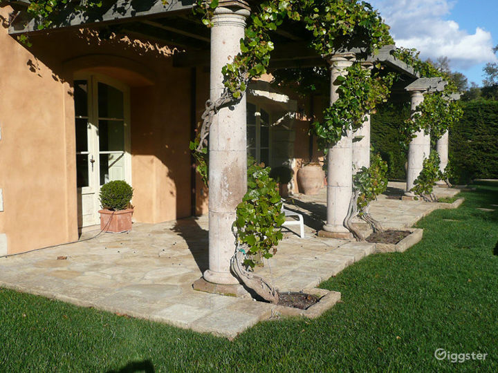 Montecito Country French Perfection Photo 4