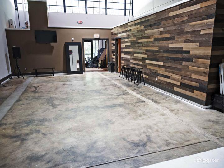 Modern ATL Studio  Photo 2