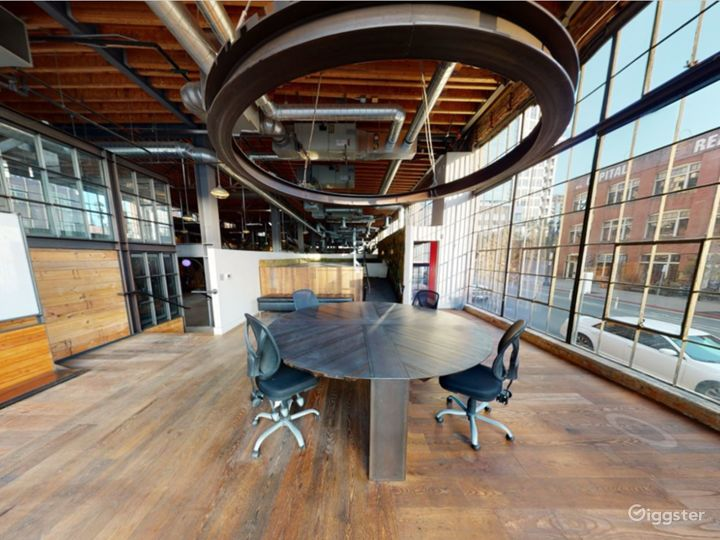Spacious Conference Area - Floor to Ceiling window Photo 4