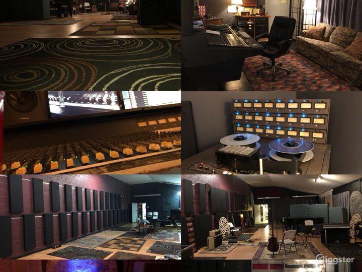 Spacious Studio in Nashville Photo 2