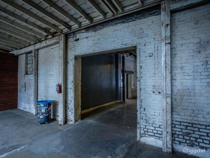Gritty Open Warehouse   ParlorLA Photo 2