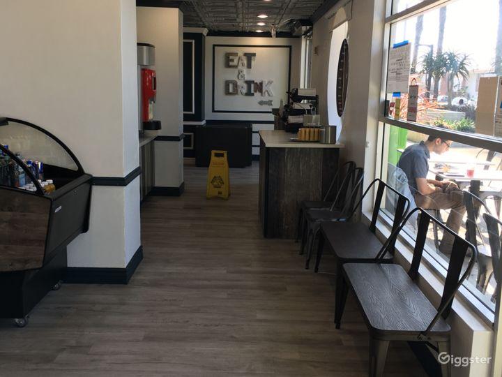 Restaurant in Santa Monica Photo 3