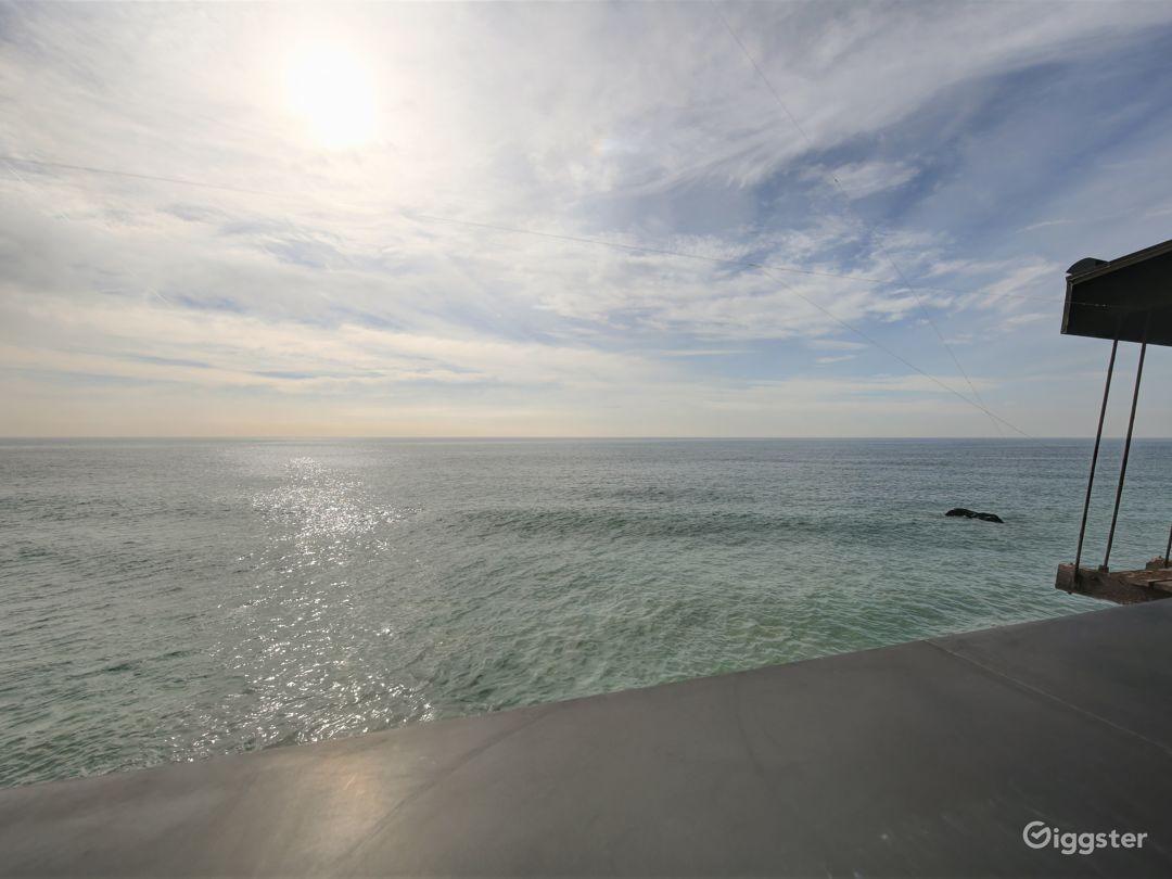 Peaceful Ocean View Restaurant  Photo 4