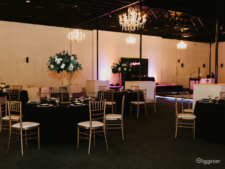 Spacious and Modern Event Venue in Las Vegas Photo 2