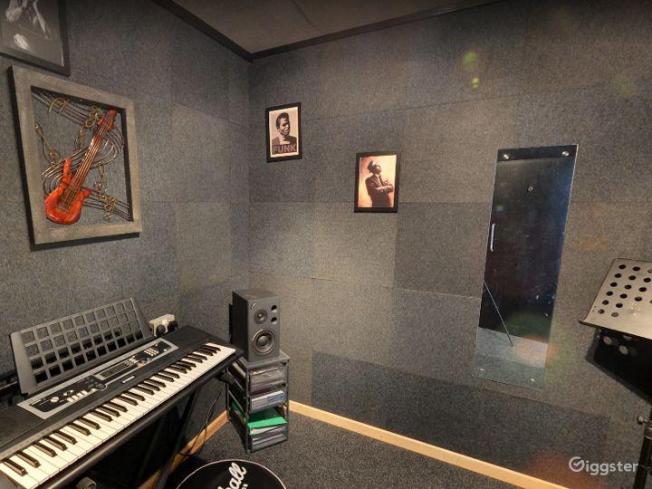 Music Room 6 in Birmingham Photo 4