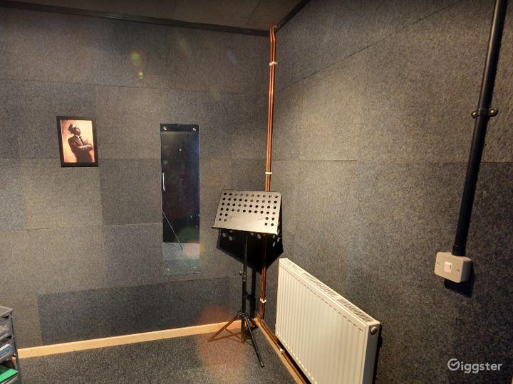 Music Room 6 in Birmingham Photo 5