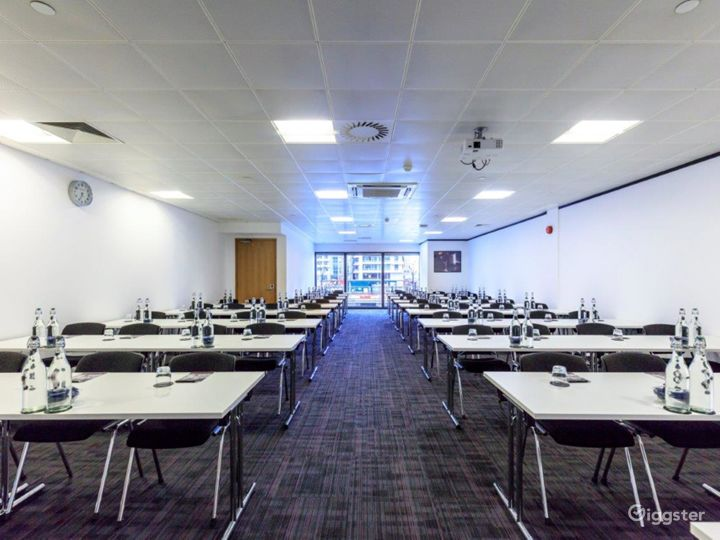 Event space in Docklands Photo 4
