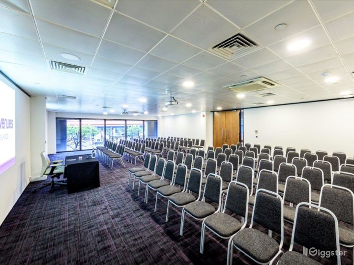 Event space in Docklands Photo 5